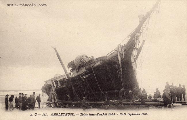 ambleteuse-epave-d-un-brick-septembre-1903-herve-tavernier-calais.jpg