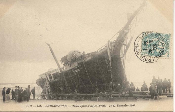 ambleteuse-triste-epave-d-un-joli-brick-septembre-1903-herve-tavernier-calais-blog.jpg