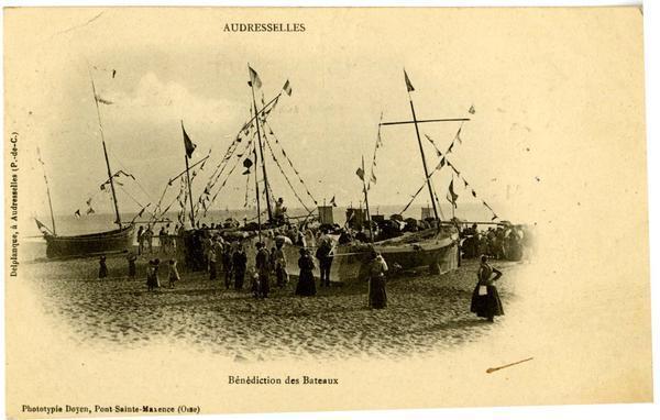 audresselles-benediction-des-bateaux-herve-tavernier-calais-1.jpg