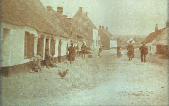 audresselles-rue-accary-photographe-e-quenu-1910.jpg