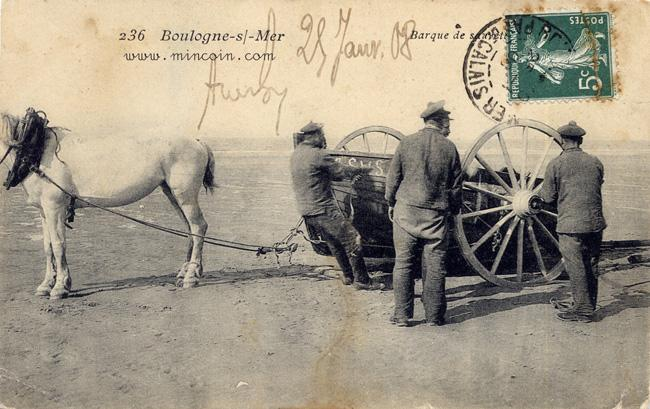 boulogne-barque-de-sauvetage-tractee-par-un-cheval-herve-tavernier-calais.jpg