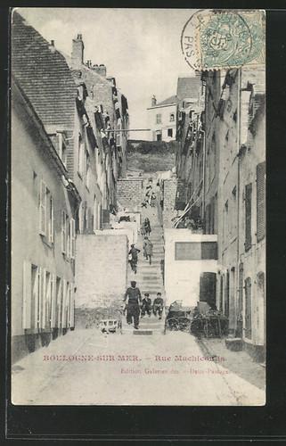 boulogne-une-vieille-rue-de-quartier-des-pecheurs-herve-tavernier-calais-1.jpg