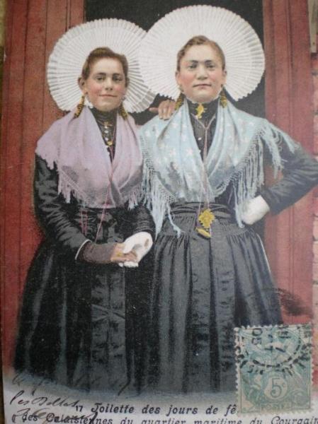 courguinoises en tenue de cérémonie calais courgain maritime.jpg