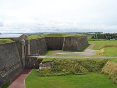calais-le-fort-nieulay-la-porte-de-boulogne-vieux-ancien-vauban-fortifications.jpg
