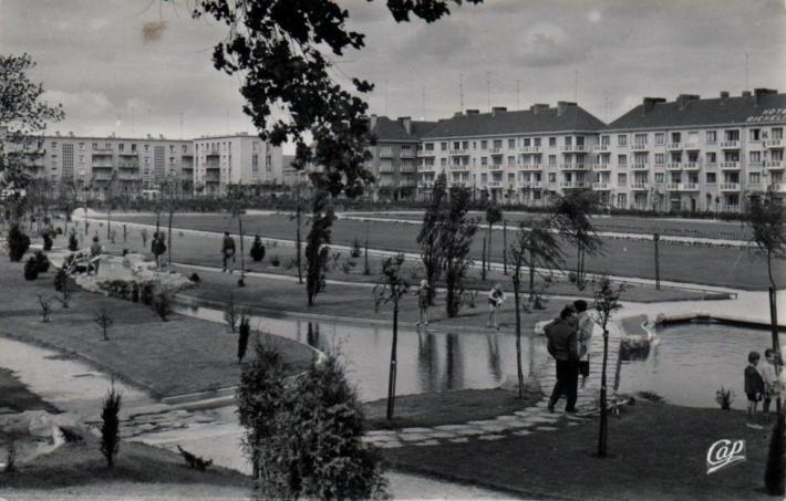 calais-nouveau-jardin-richelieu-annee-1960.jpg