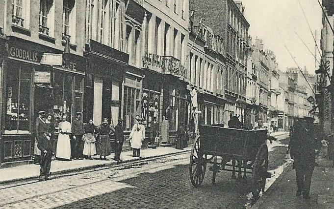 calais-rue-royale-charette.jpg