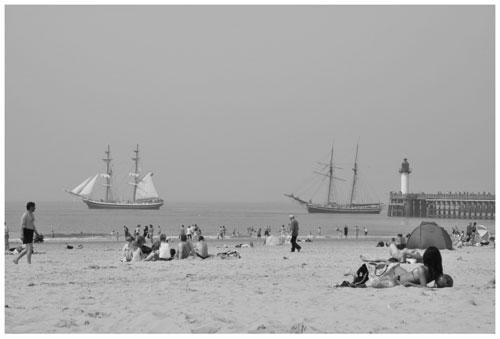 calais-sur-la-plage-herve-tavernier-calais.jpg