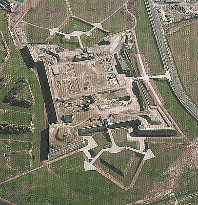 calais-vue-generale-du-fort-nieulay-vieux-ancien-vauban-fortifications.jpg