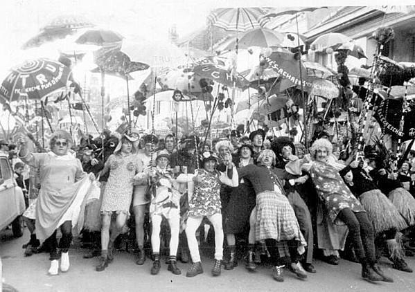 carnaval-de-dunkerque-dans-les-annees-1970.jpg
