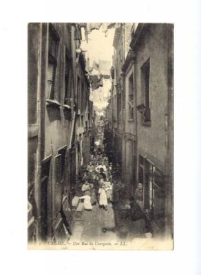 rue du courgain à calais herve tavernier calais.jpg