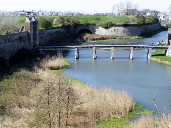 citadelle-le-pont-et-la-porte-de-neptune.jpg