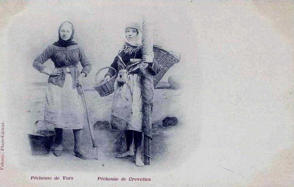 Dunkerque pecheuses de vers de crevettes
