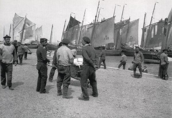 gravelines-sur-les-quais-bateaux-herve-tavernier-calais.jpg
