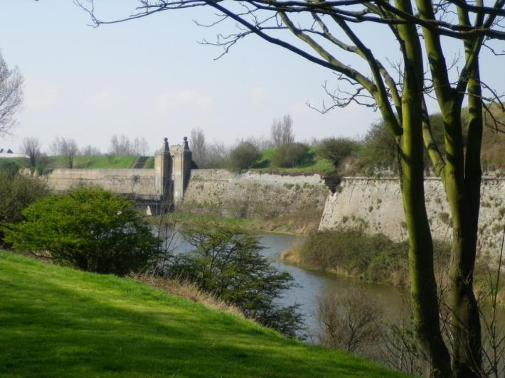 fortifications vauban calais.jpg