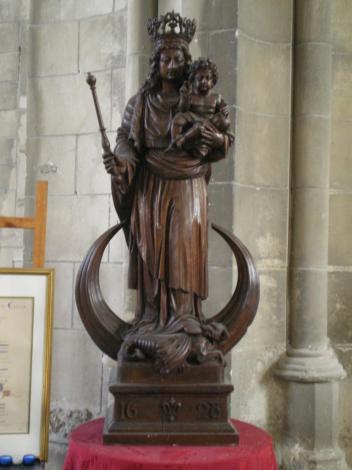notre dame de calais datant du début du 17 ème siècle herve tavernier calais.jpg
