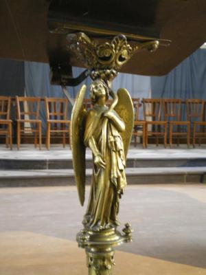 ange doré notre dame calais herve tavernier calais.jpg