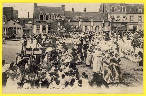 le portel procession.jpg