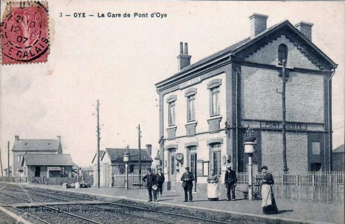 oye-plage-une-rue-du-village-herve-tavernier-calais-1.jpg