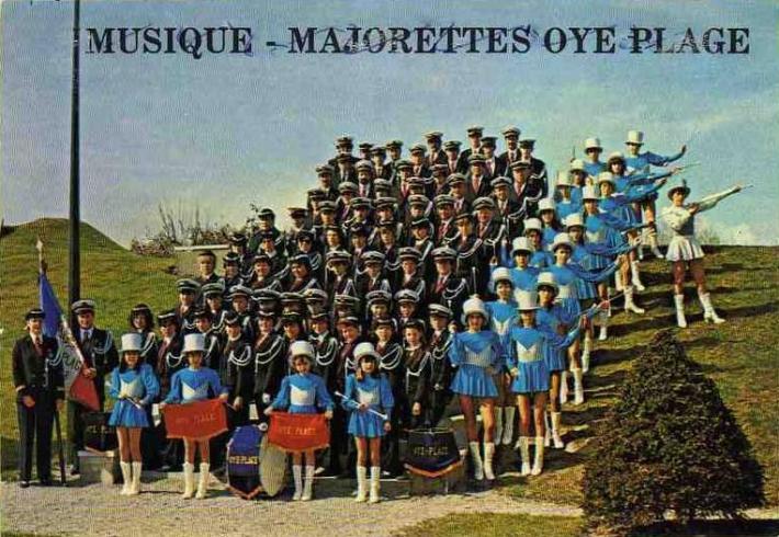 oye-plage-les-majorettes.jpg