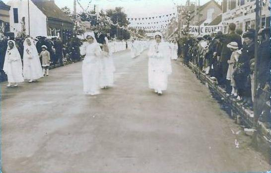 oye-procession-religieuse.jpg