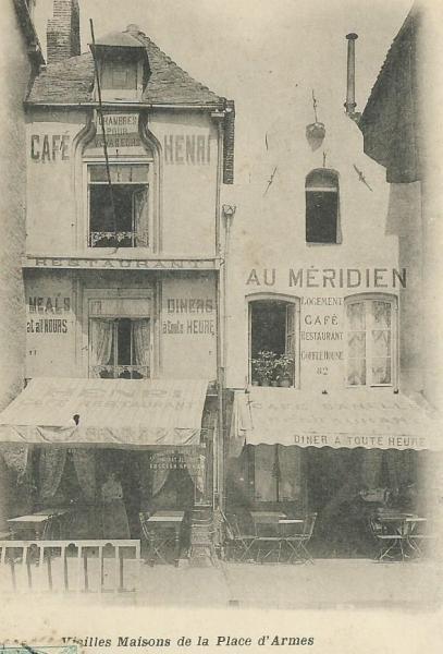 rue-de-calais-vieilles-maisons-place-d-armes.jpg