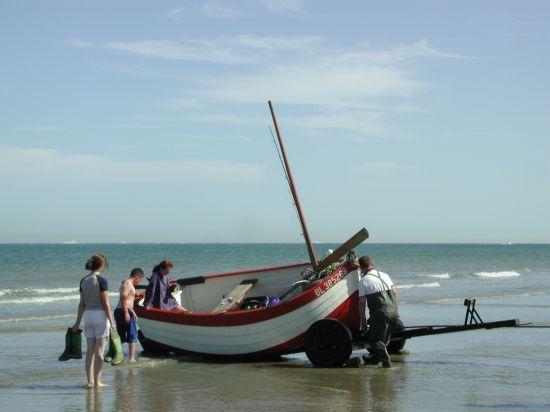 wissant-sur-la-plage-barque-flobard-herve-tavernier-calais-1.jpg